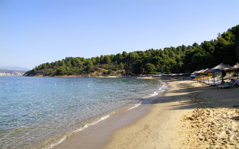 Secluded beaches in Skiathos: Agia Eleni